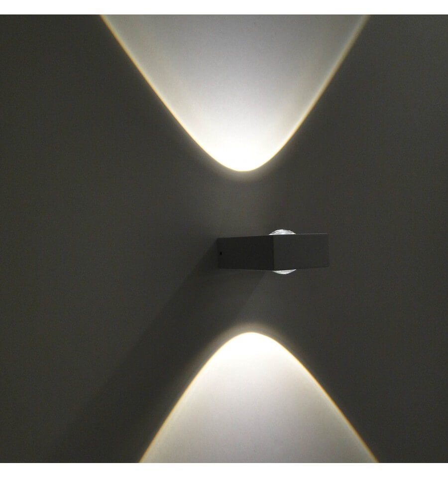 Applique murale led design pop coloris blanc for Luminaire exterieur murale led
