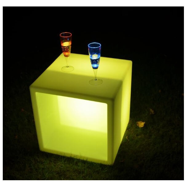table basse led cube. Black Bedroom Furniture Sets. Home Design Ideas
