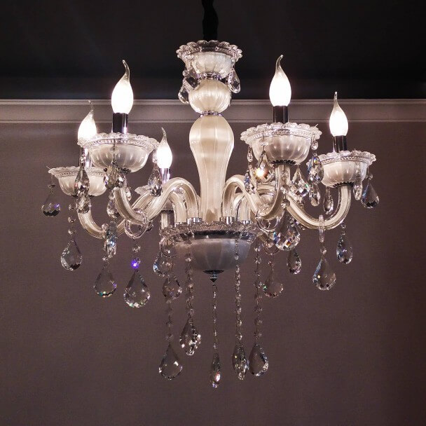 Lustre Pampilles Cristal Blanc 6 Bras Baroque Roma