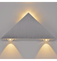Applique LED Triangle chrome - Pyramida