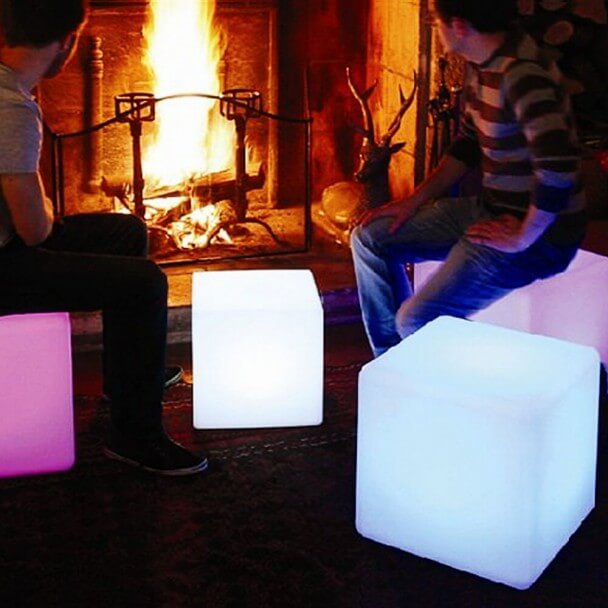 cube lumineux waterproof multicolore avec panneau solaire sun. Black Bedroom Furniture Sets. Home Design Ideas