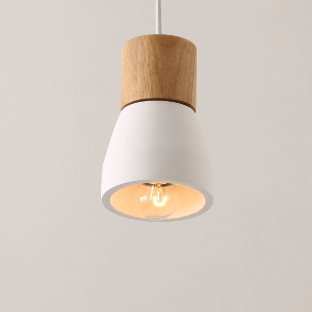 Suspension ampoule simple en ciment luminaire design vika for Suspension bois